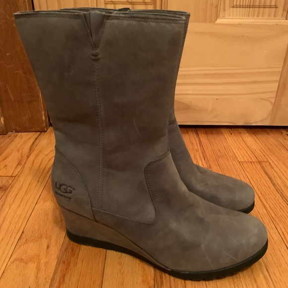 7913d026543 UGG Joely Grey Suede Wedge Boot NWT